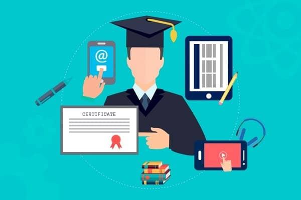 Estudios universitarios en línea